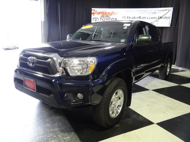 2013 Toyota Tacoma DOUBLE CAB LB At Huntington Toyota we strive to provide you with the best qual