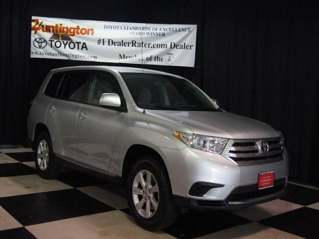 2011 Toyota Highlander Base Thank you for visiting one of Huntington Toyotas exclusive listings T