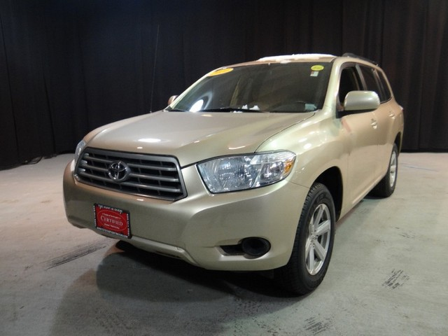 2010 Toyota Highlander Base Thank you for visiting one of Huntington Toyotas exclusive listings T