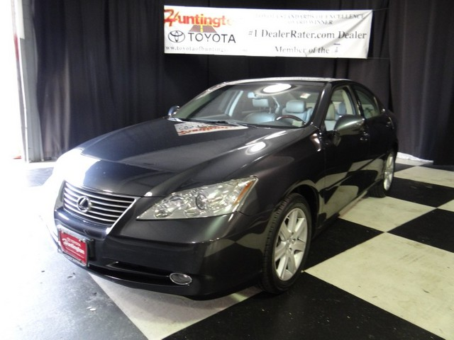 2007 Lexus ES 350 ES 350 At Huntington Toyota we strive to provide you with the best quality vehic