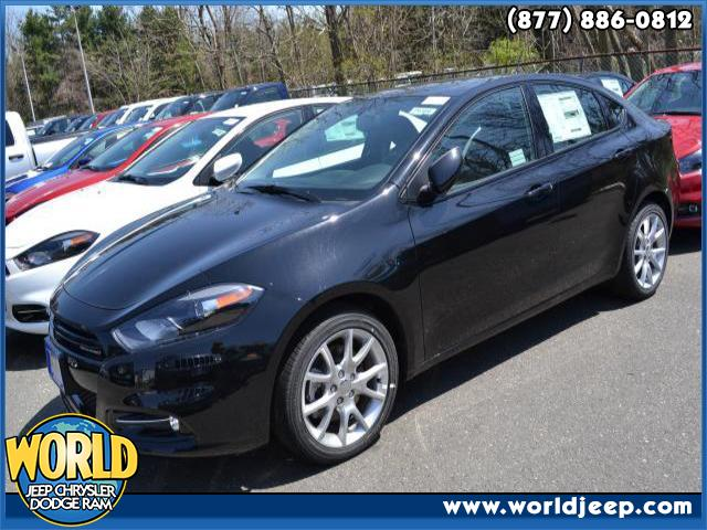 2013 DODGE Dart  4 Cylinder Engine 6-Speed MT AC ABS Adjustable Steering Wheel AMFM Stereo