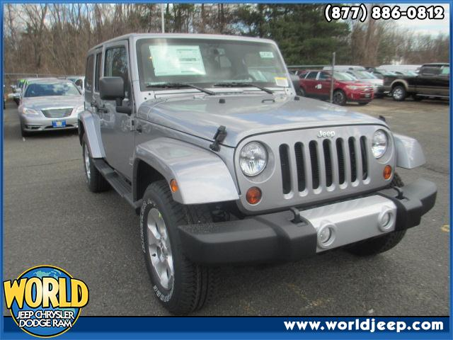 2013 JEEP Wrangler Unlimited  side steps power windows leather seats 24G CUSTOMER PREFERRED ORDE