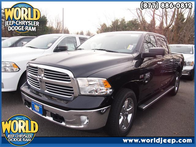 2013 RAM 1500  power seats Cruise Control 13 miles VIN 1C6RR7LT2DS555965 43340