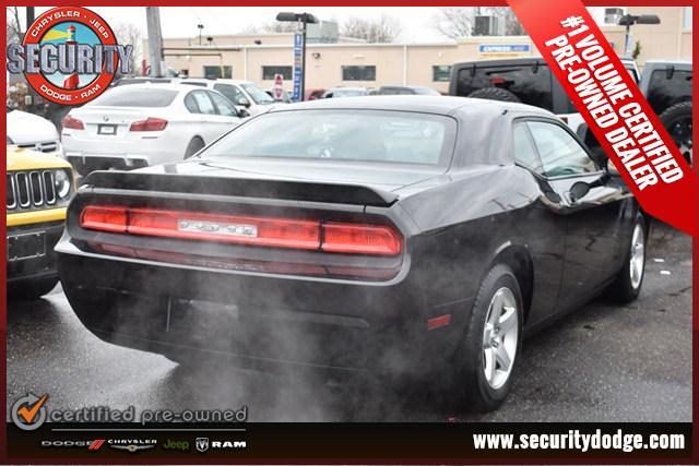 2010 Dodge Challenger --: 2010 Dodge Challenger